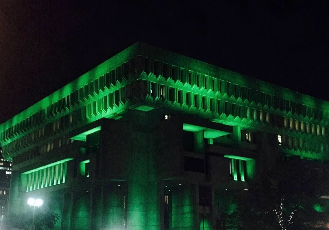 Tonight City Hall is lit green to honor one of Boston's greats, Bill Russell, as he receives the Arthur Ashe Award for Courage. Congratulations!  #ArthurAsheAward @celtics @ESPYS