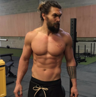 This is Jason Momoa with 5% body fat, this is Jason Momoa with 18% body fatCalm down.
