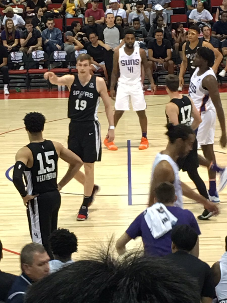 Spurs tied with 3:19 to go, Samanic and Weatherspoon are impressive. #nbasummerleague2019