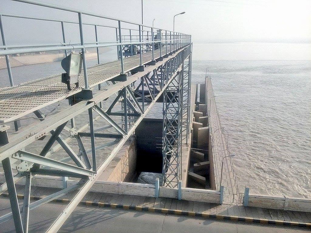 Indus at Taunsa Barrage