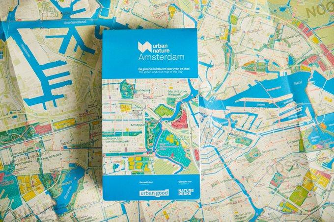 Vanavond wordt de eerste groene en blauwe kaart van Amsterdam gelanceerd!  Met deze kaart ontdek je 'urban nature' in de stad.  Wil je deze kaart winnen?  Laat onder ons Facebook-bericht achter wat jouw favoriete groene of blauwe plek in de stad is: https://t.co/E2vI0iDl8B