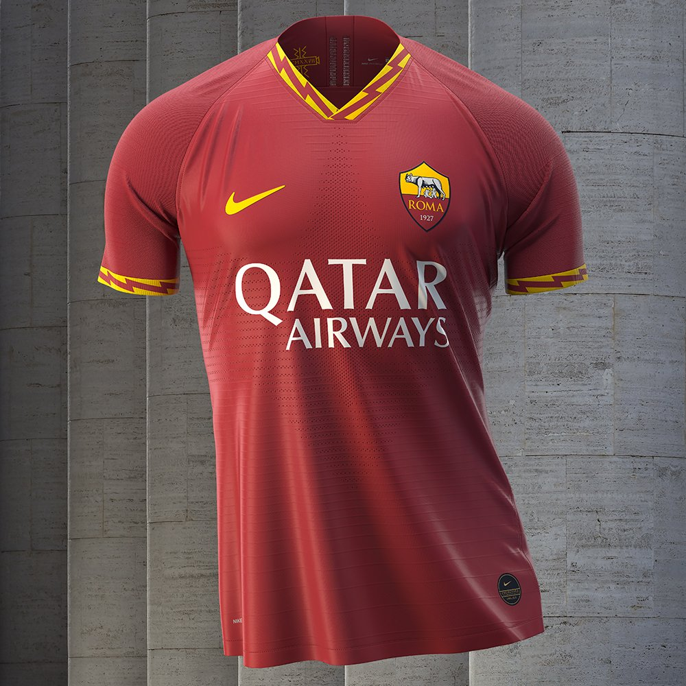 ❤️⚡️💛    🆕 for 2019-20! 🐺 #ASRoma https://t.co/GZU4z0Cy77