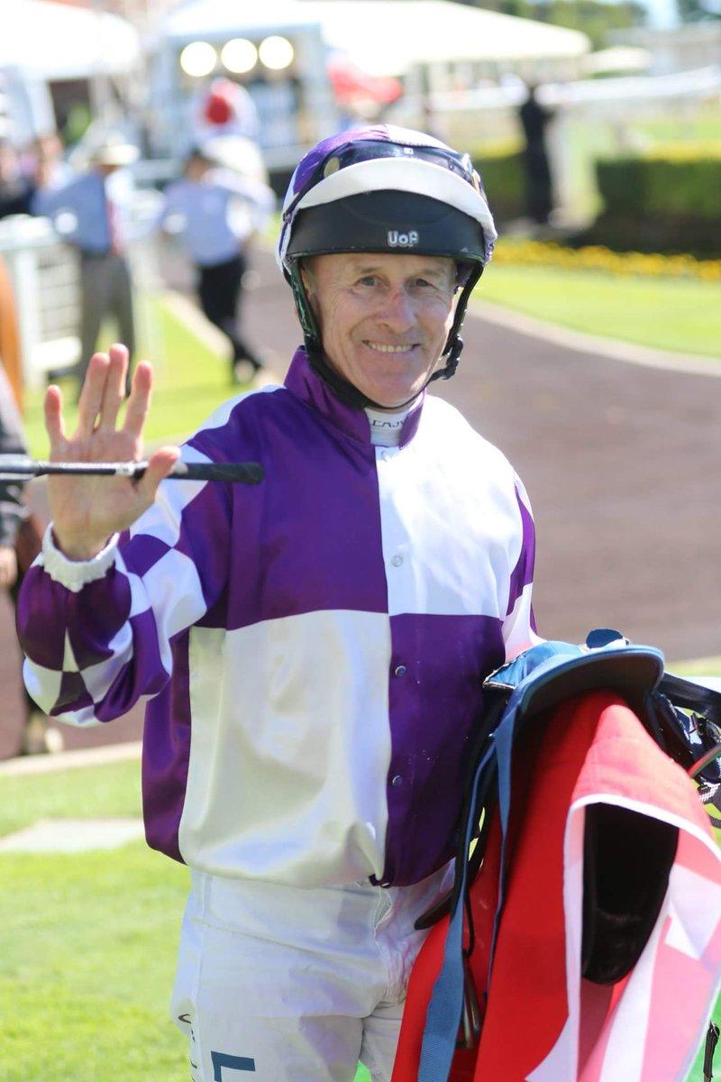 BROWNIE'S BLOG  http://www.horseracingonly.com.au/racing-article.aspx?id=3931… @justhorseracing @nicolalloyd8 @tabcomau @BrisRacingClub  To Jeff Lloyd from one jockey to another 👏👏