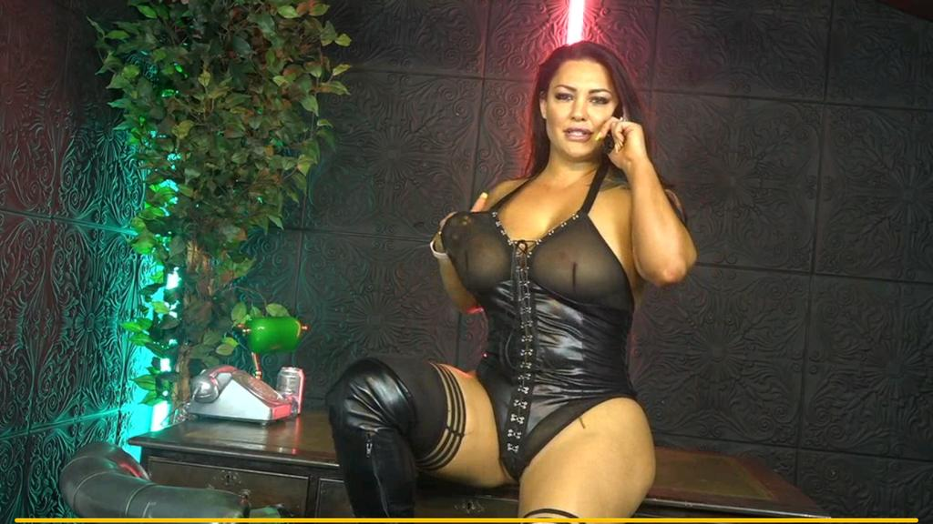 Watch Thick With Big Boobs Free Live Webcam For Fun