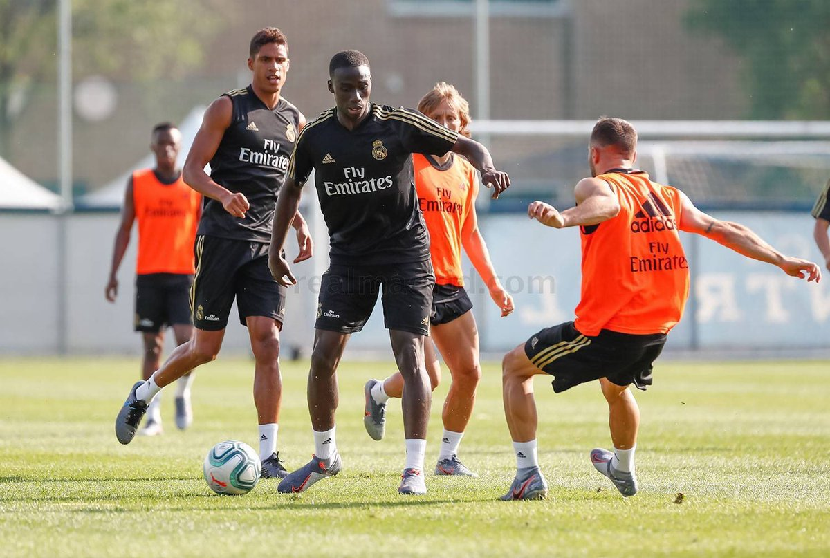 Training 💪🏿🇨🇦⚽️! #HalaMadrid