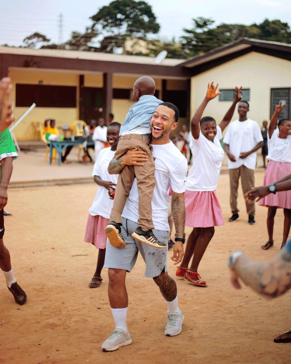 Ghana is love! 🇬🇭❤️🏁