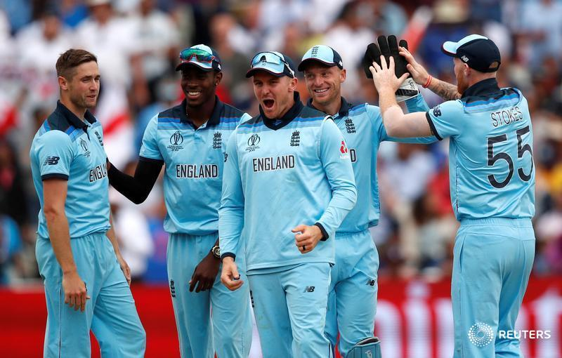 BREAKING: Dominant England defeat Australia in a pulsating game at Edgbaston to advance to the #CWC19 final  #ENGvAUS
