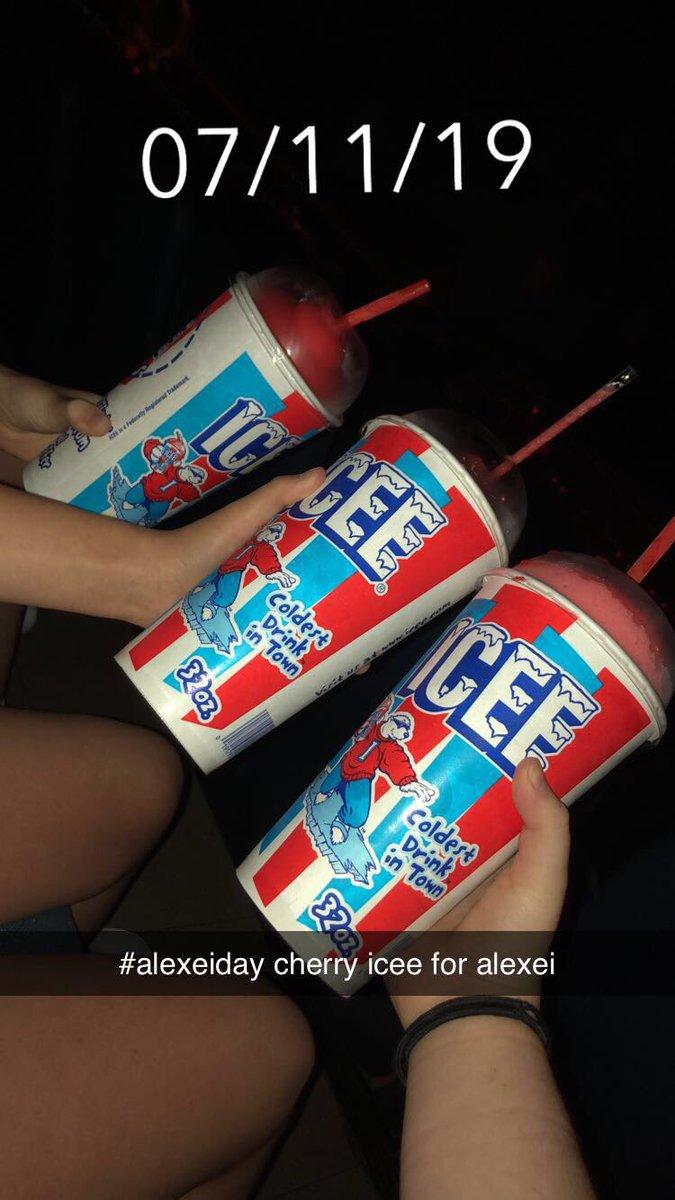 cherry icee for #alexeiday #Alexei #AlexeiDeservedBetter @Stranger_Things<br>http://pic.twitter.com/fI4kRmLym6