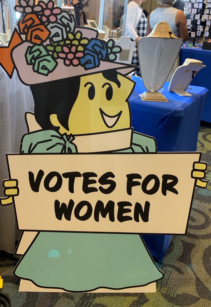 Saw this sign at #TEACH19 & had to check out the American Association of School Librarians 2018 Best App for Teaching & Learning called Engaging Congress. It's free! Gotta love @AFTteach. @AFTunion #NYSUTwomen @NYSUTWomensComm