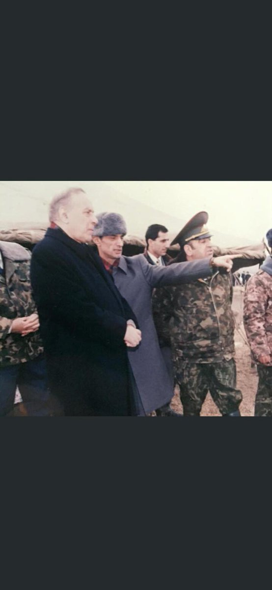 Haydar Aliyev ve Engin Alan paşa.