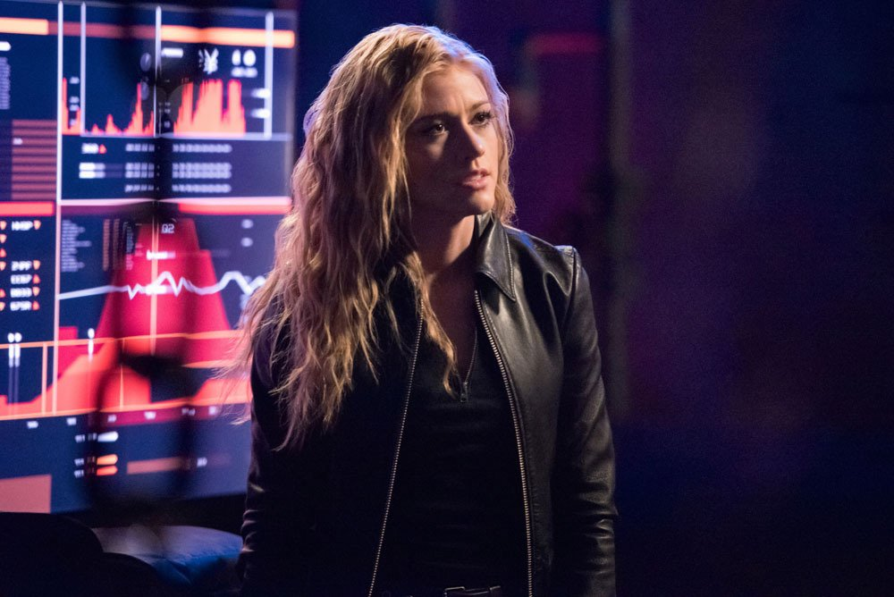 'Arrow': Katherine McNamara Upped To Series Regular For Final Season Of the CW Drama https://deadline.com/2019/07/arrow-katherine-mcnamara-promoted-series-regular-final-season-the-cw-drama-1202644818/?utm_source=dlvr.it&utm_medium=twitter …