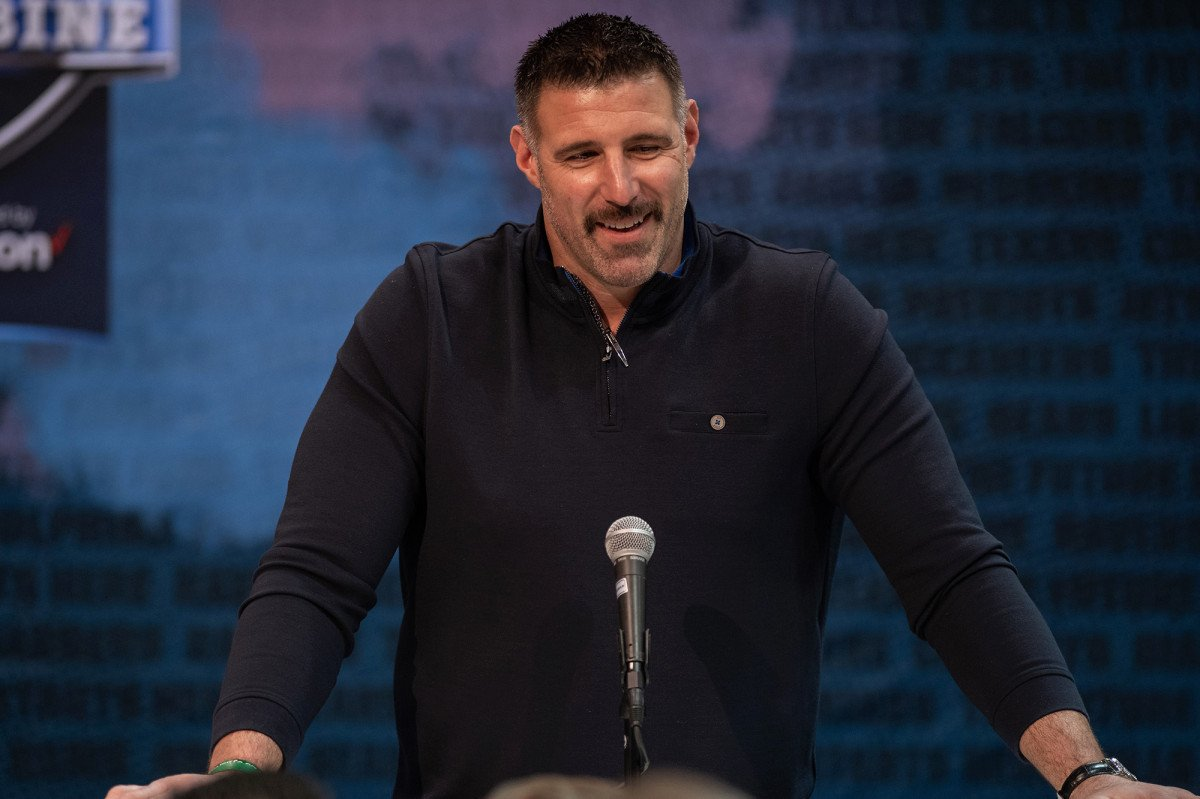 Mike Vrabel willing to part with family jewels for Titans Super Bowl  https:// trib.al/J5lGOgU     <br>http://pic.twitter.com/i6ihfIK8DO