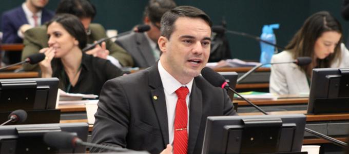 Capitão Wagner é designado relator da MP 885 que autoriza a venda de bens apreendidos do tráfico  #PROSNacional #ForçasArmadas #segurança   http://www.pros.org.br/capitao-wagner-e-designado-relator-da-mp-885-que-autoriza-a-venda-de-bens-apreendidos-do-trafico/…