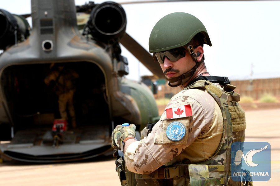 10 UN #peacekeepers wounded in #Mali with vehicle hitting mine.Nearly 600 people killed in Mali in first half of this year http://xhne.ws/3AsuV