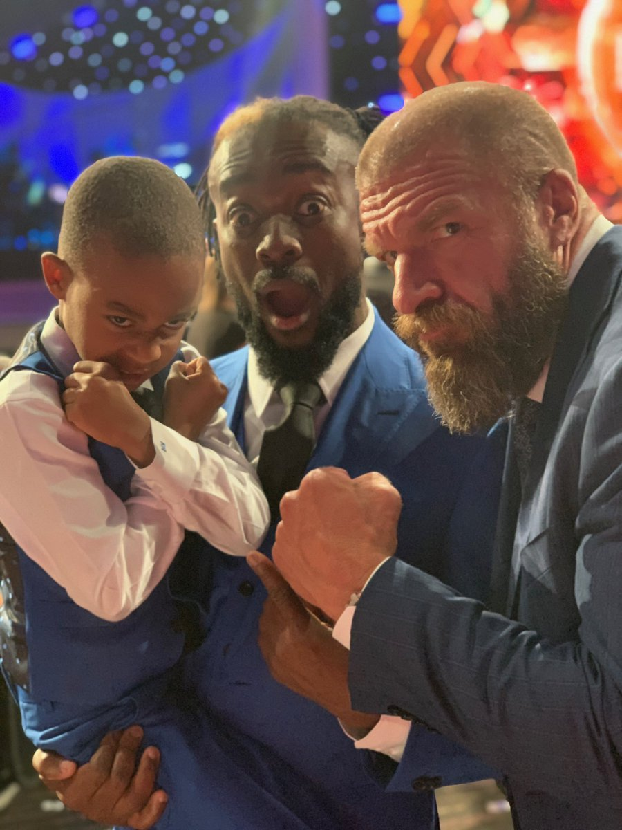 """""""Dad, whenever I see @TripleH, I'm gonna do this...""""What can I say? The kid is a DX fan! 🤣🙅🏽♂️#ESPYS #espys2019 #wwe #ESPY #EspyAwards @wwe"""