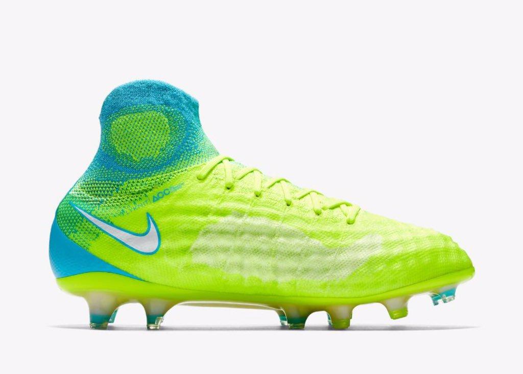 Nike Magista Obra II Light Aqua FG High Tp Sccer Cleats