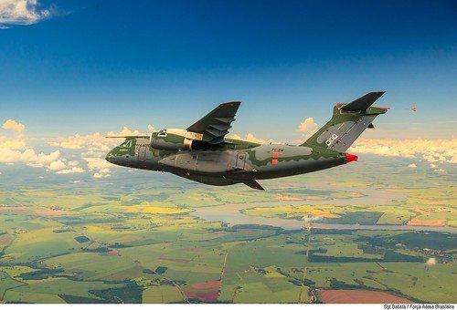 البرتغال تطلب شراء 5 طائرات KC-390  D_PEbuxUcAI2CcT