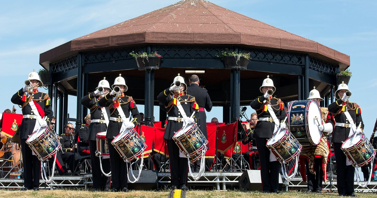 This weekend RM Band Portsmouth & Collingwood will be back in Deal for the Memorial concert and rededication service. #RMBandService #wewillrememberthem @DealBandstand<br>http://pic.twitter.com/o9zmxdPFSp