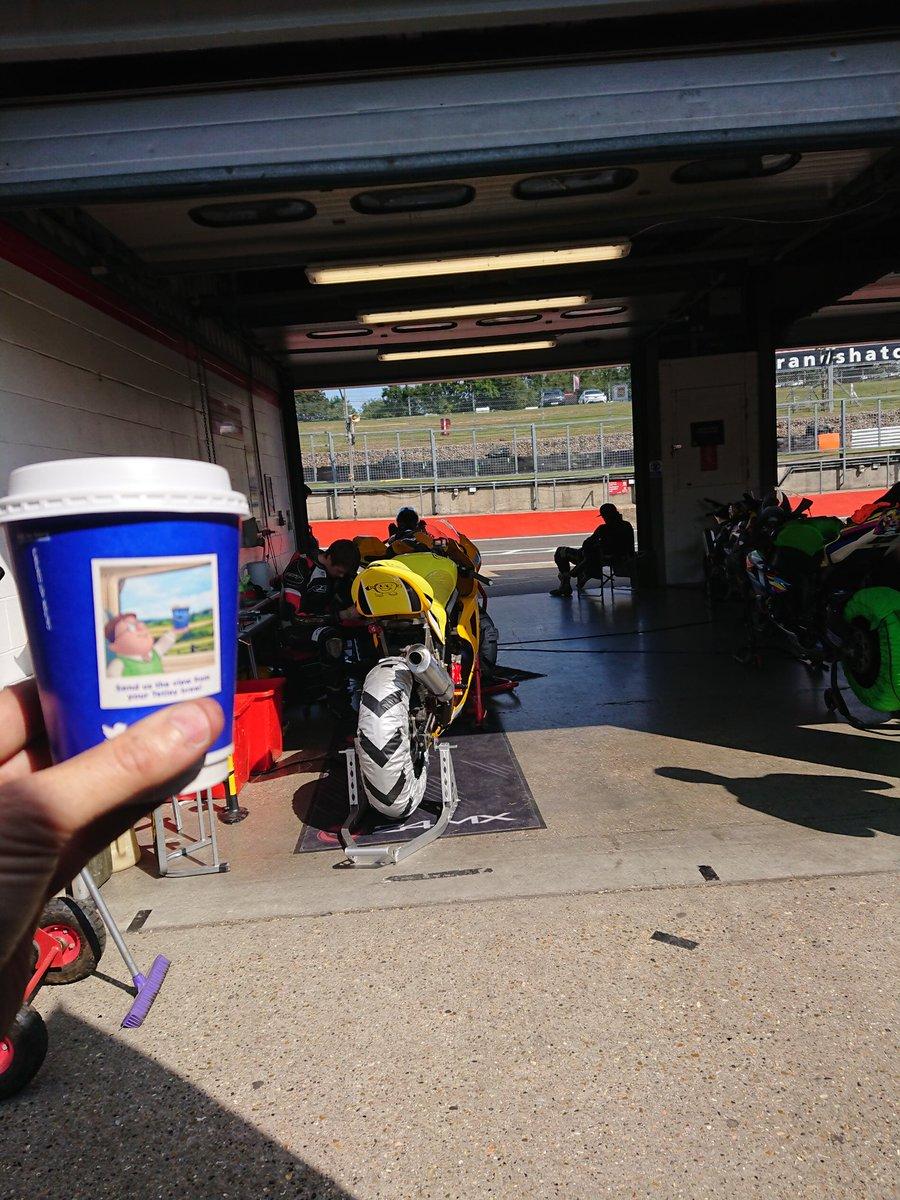 @tetleyuk the veiw from my Tetley Brew Thunderbike Sport Motorcycle Racing @Brands_Hatch #bemsee #ItStartsWithTea