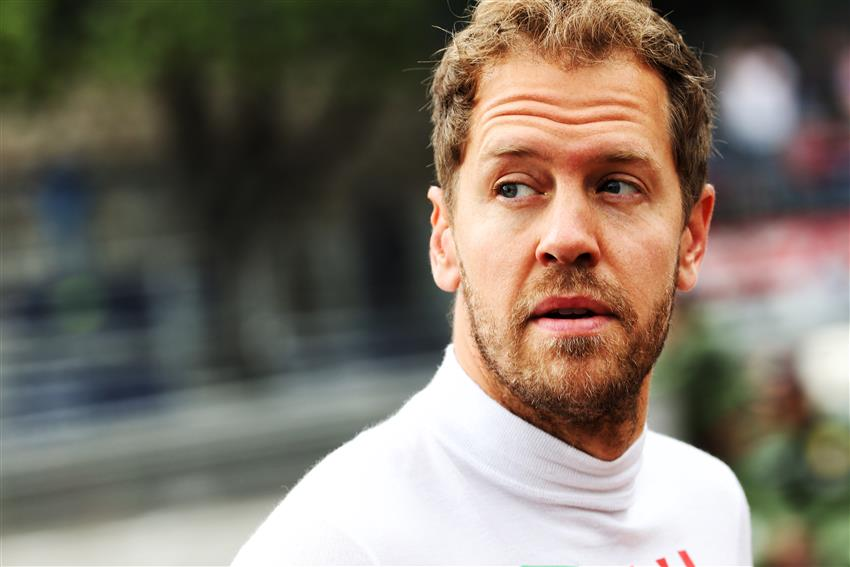 Interview (BBC): Sebastian Vettel on coping with mistakes, 'over-policing' in F1 & his future in the sport.  👉 https://www.bbc.co.uk/sport/amp/formula1/48956692?__twitter_impression=true…  #Seb5 #F1