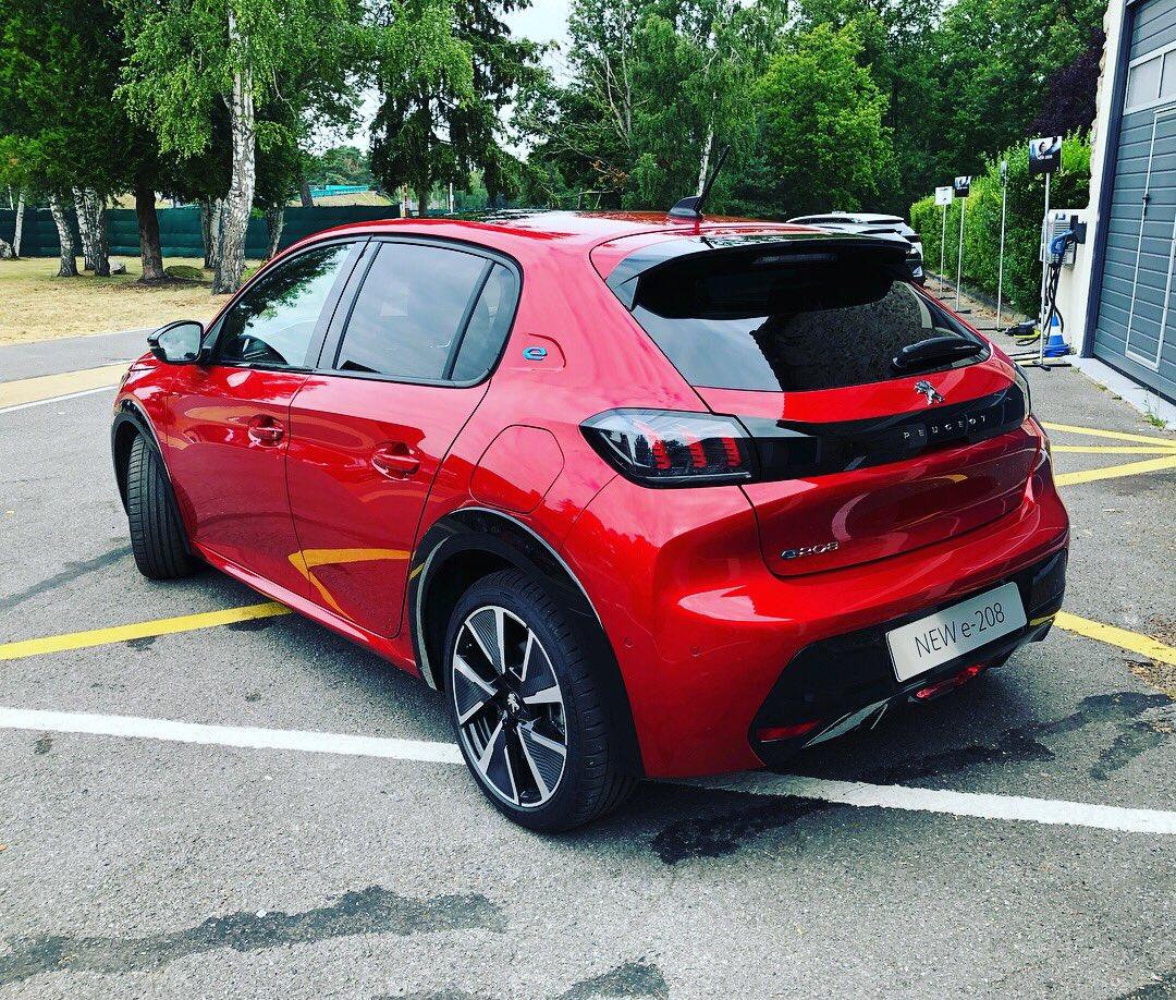 2019 - [Peugeot] 208 II (P21) - Page 15 D_Qx4QQUYAAt30V