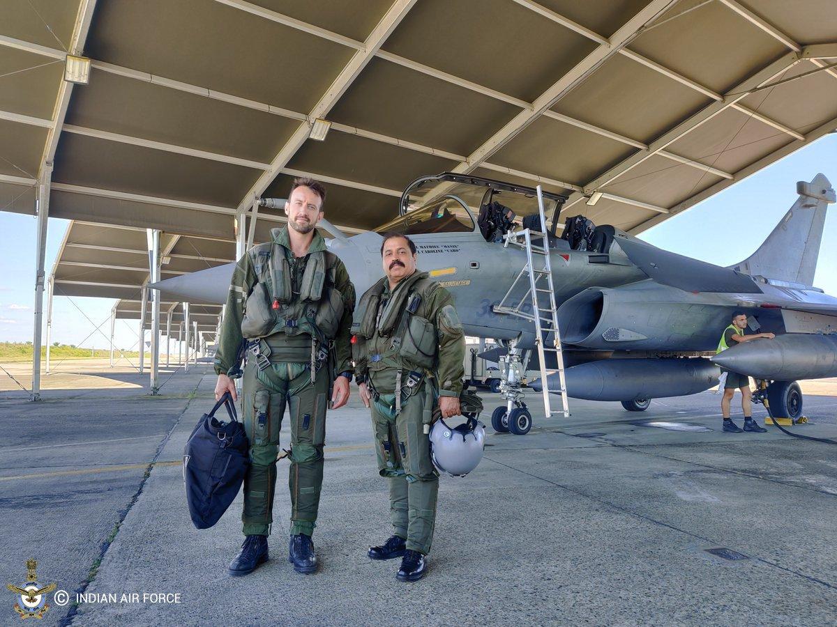#fildéfense L'édition 2019 de #ExGaruda2019 se termine pour les aviateurs français et indiens de l'@IAF_MCC 🇮🇳 Durant deux semaines, les équipages ont effectué une vingtaine de missions conjointes de jour comme de nuit 📸⤵️