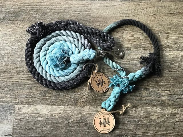 Kicking off Friday with this gorgeous graphite, gray and sky blue leash and collar set 💙🖤 Happy Friday! ・・・ #madewithlove #madeincanada🍁 #cottonrope #highlandhounds #leashes #dogs #cats #walks #dogsofinstagram #shoppingonline #shopcanadian #sho… https://ift.tt/32j0N4B