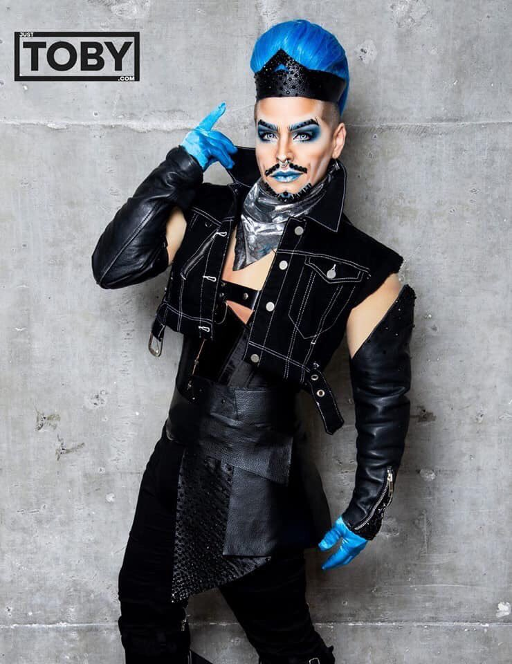 I'm so excited for my friend @LANDONCIDER to be cast and be competing on @bouletbrothers DRAGULA!!!!! An INCREDIBLE DRAG KING a fierce performer and a beautiful heart! SO WELL DESERVED  This is going to be an amazing competition to watch!!  <br>http://pic.twitter.com/tjkVfrU4tC