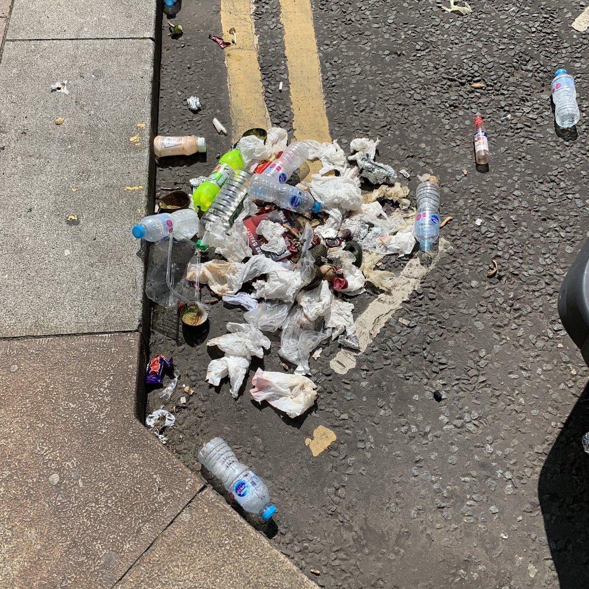 @GlasgowCC People Make Glasgow. #ingramstreet #merchantcity @cleanupbritain