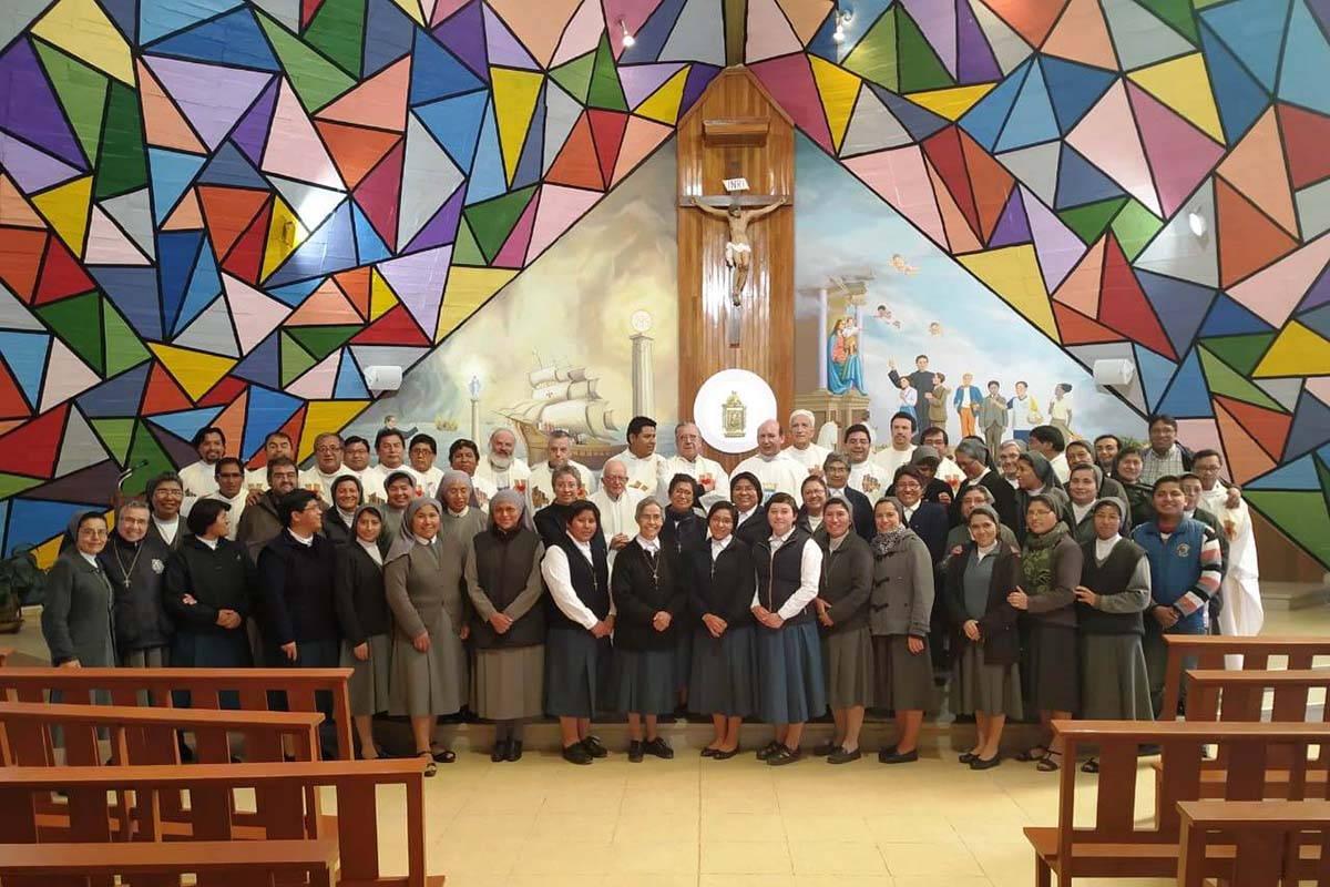 Bolivia - Spiritual Exercises of Salesian Family https://t.co/ldds0H4CqM https://t.co/zCWZ480VAP