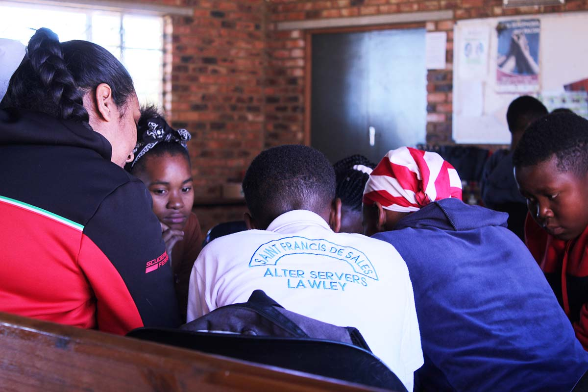 South Africa - Salesian Youth Movement reflects on gifts of the Holy Spirit https://t.co/A8OStiheDr https://t.co/isdEL7R8kX