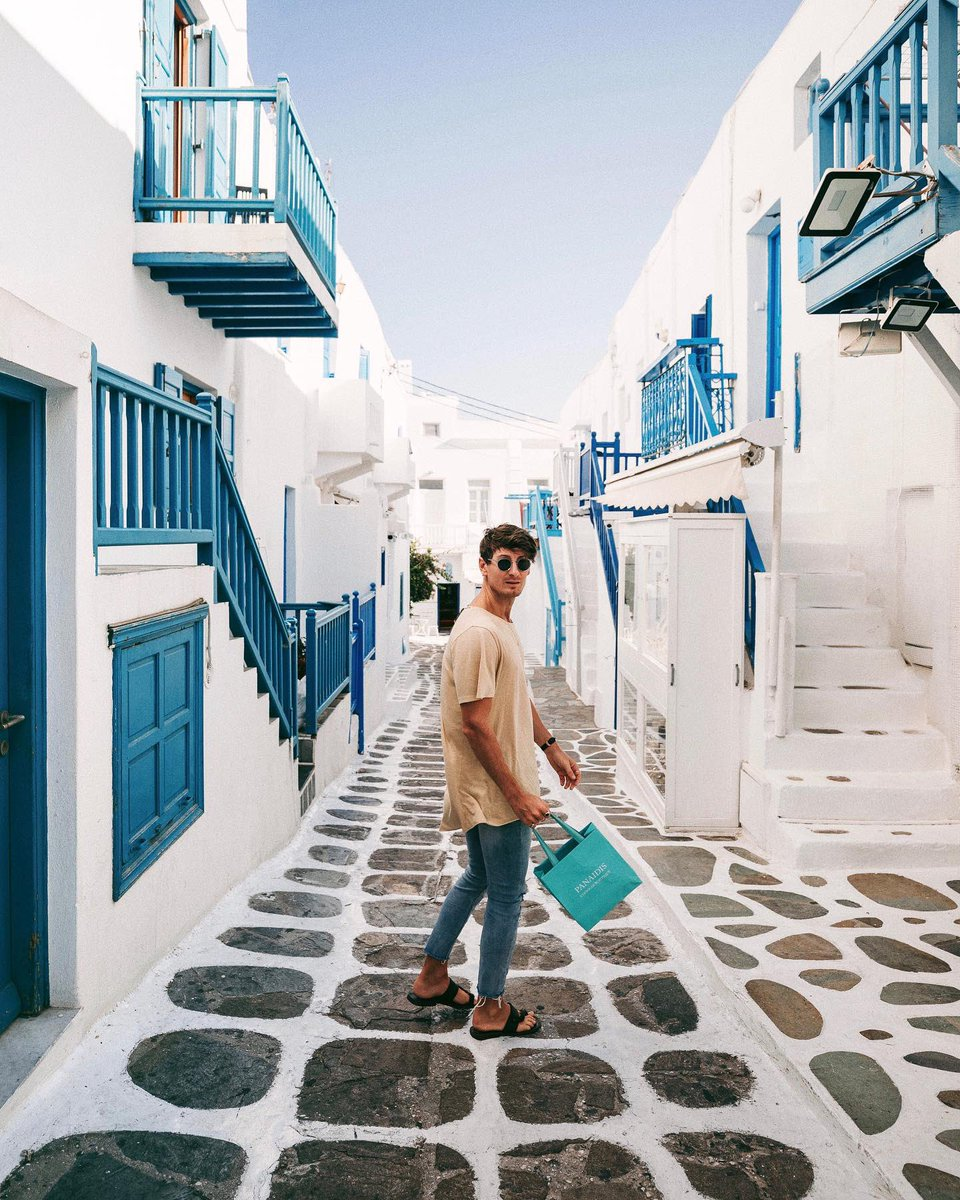 Strolling through the boutiques in Mykonos reminds me to #ShopSmall to support local businesses. The amazing customer service & attention to detail makes the visit so much better. I'm proud to partner with @AmericanExpress who supports small businesses. #AmexLife #AmexAmbassador https://t.co/NMcOhbnbn6