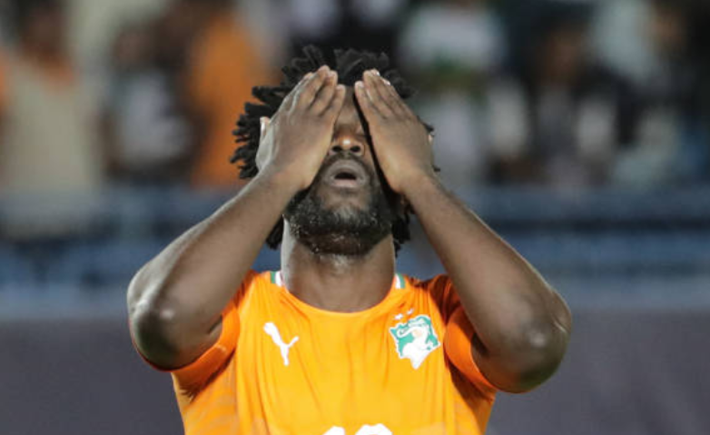 Wilfried Bony broke Algerian hearts back in 2015, but we got our revenge in 2019 thanks to Rais M'Bolhi's penalty save. <br>http://pic.twitter.com/yEbjNiwBxm