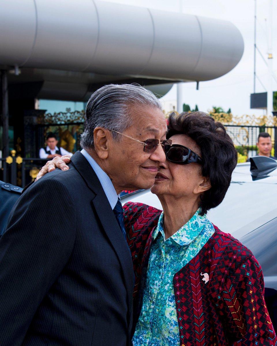 Happy Birthday to my wife Hasmah.  Terima kasih kerana sentiasa bersama dan menemani saya. Saya sedar masa saya banyak dihabiskan dengan bekerja, lebih-lebih lagi sekarang kerana itu saya menghargai kesabaran isteri saya. Semoga diberkati Allah sentiasa. https://t.co/aiwiWwAMAm