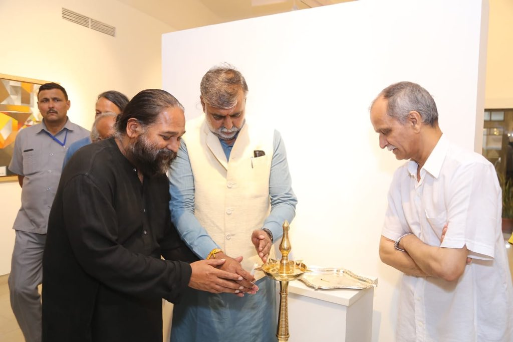 Union Culture Minister,Sh @prahladspatel inaugurates the #Jerusalem #Biennale precursor show Experiments with truth' exhibition at Triveni Kala Sangam in New Delhi today. The exhibition will showcase #MahatmaGandhi's message in 4th edition of Jerusalem Biennale in October 2019.