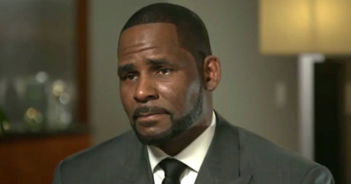 PAYMENTS: Charging documents say R. Kelly & McDavid paid one minor $250,000 to return a video tape and another individual $100,000 in exchange for their efforts to return the video tape. @cbschicago