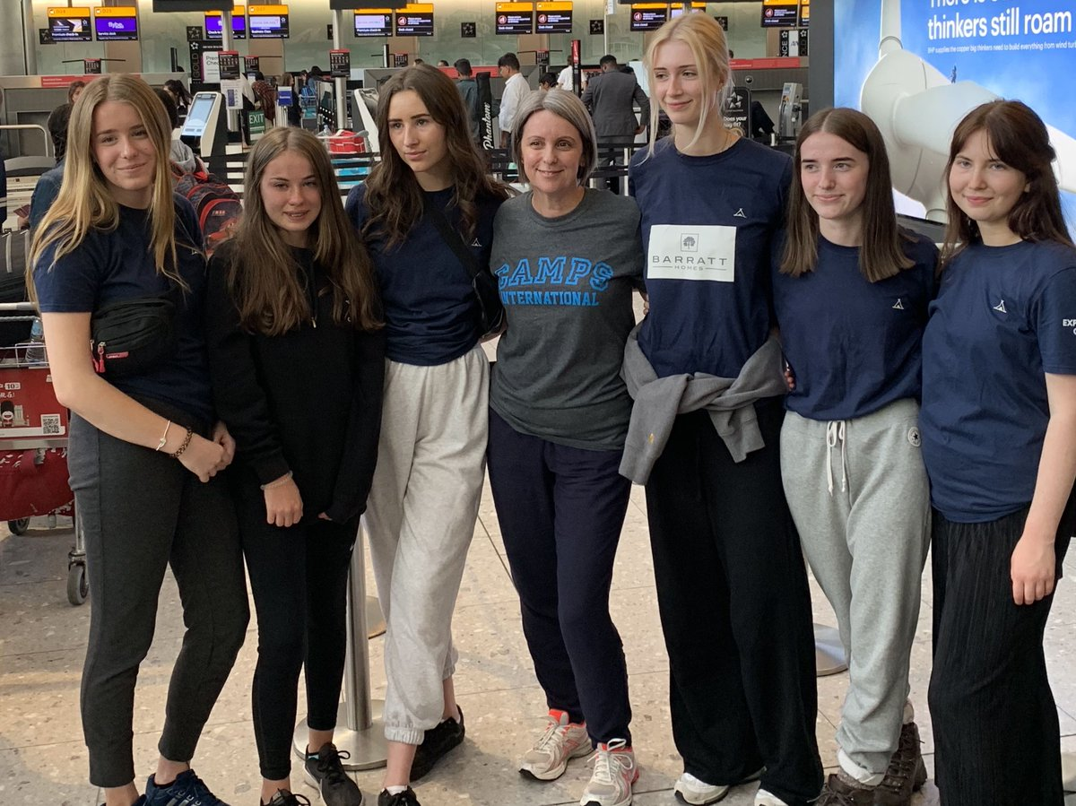 So the adventure has started - Paddington and the @PeruCrew are on their way!! Good luck to the girls and huge thanks to all of their sponsors and supporters!  #Exciting #Adventure #Passort2Peru #PeruCrew #Paddington @CampsInt