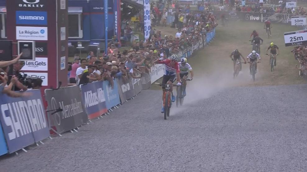 Mathieu van der Poel wins the short track race in Les Gets. #mbworldcup