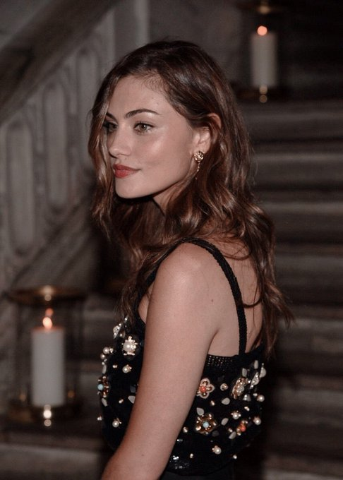 HAPPY BIRTHDAY MISS PHOEBE TONKIN! FROM MERMAID TO HYBRID TO ANOTHER ACTRESS SCREWED OVER BY JULIE PLEC