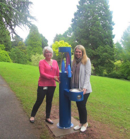 Did you get a chance to use new bottle filler in Newport Belle Vue park supplied by MIW in time for #NationalRefillDay? #Wales is taking speedy steps towards becoming the first refill nation #refillrevolution Photo: @NewportCouncil @Refill @RefillWales miw.co.uk/blog/miw-gets-…