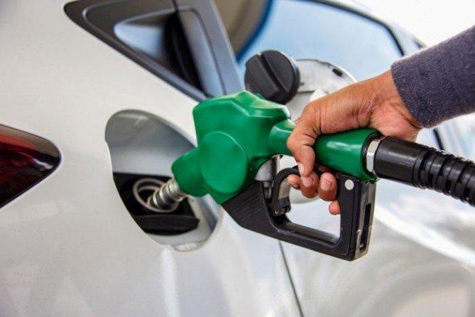Avanza una resolución para autorizar el autoservicio de combustible