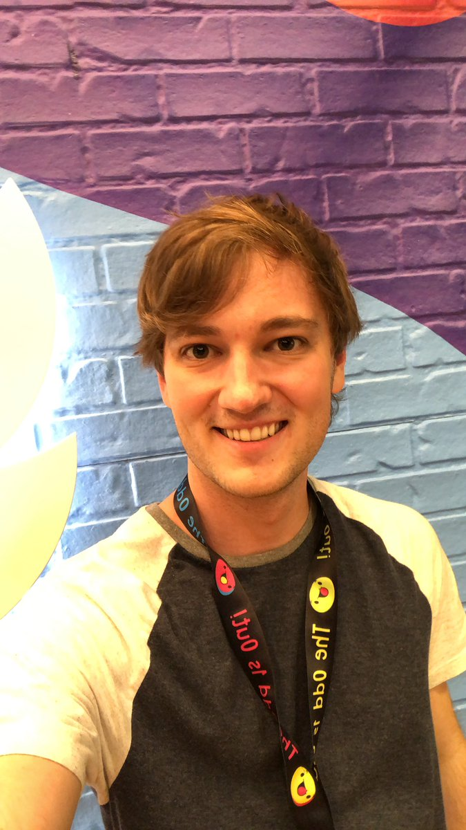 HEY!! It's @theodd1sout! I'm here at the Twitter spot in VidCon ask me questions!!