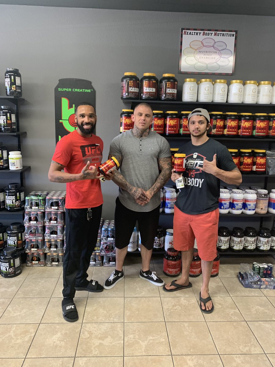 I want to give a shoutout to @hbn_king33 and @healthybodynutrition for being there for me from the start and making sure I'm ready for every battle 🙏🏽. #family