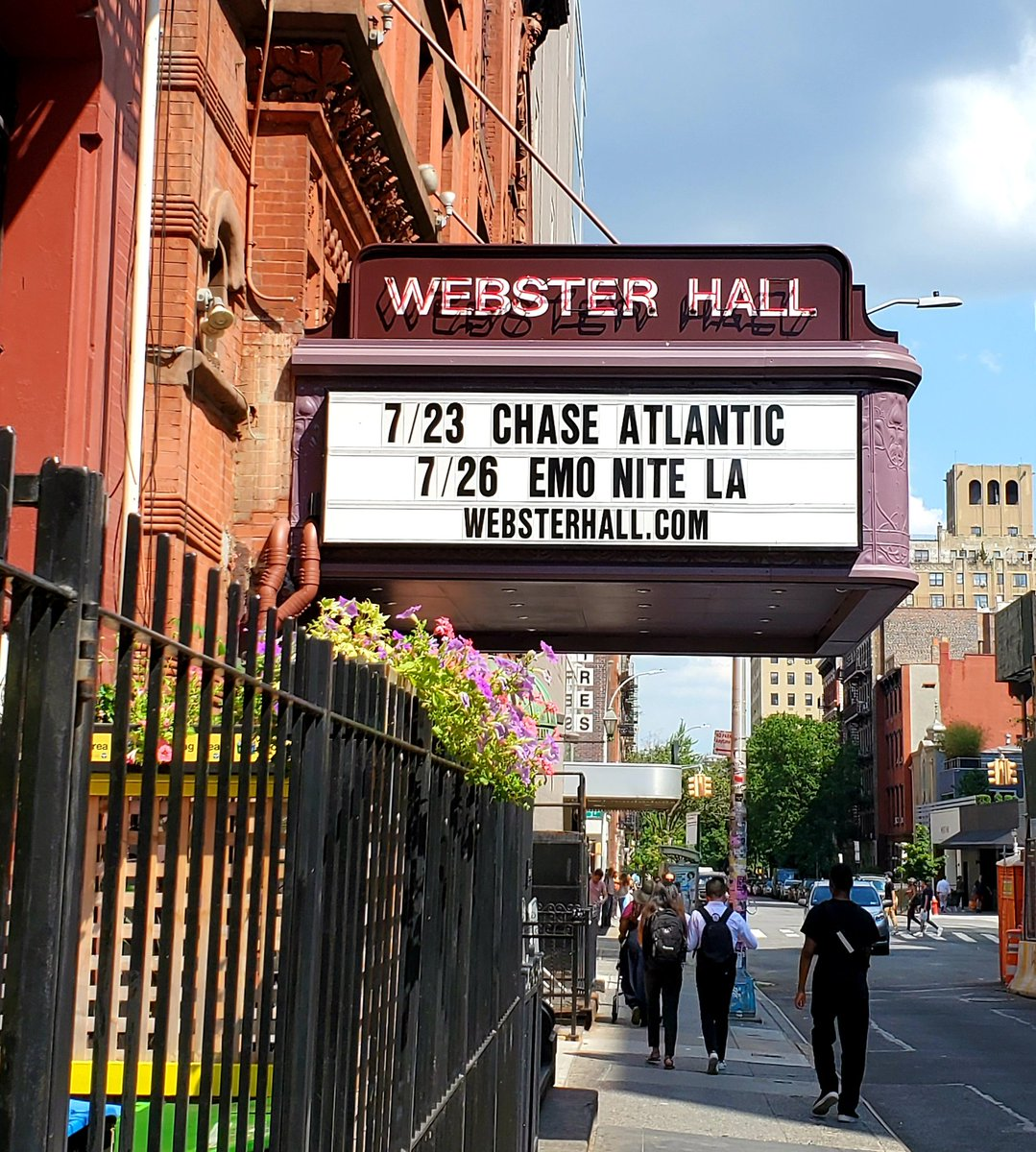 Yo @yungblud See ya in NYC @WebsterHall Oct.14th  <br>http://pic.twitter.com/swKZ1QhgL8