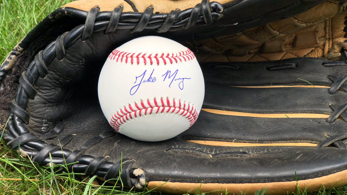RT this and follow us for your chance to snag a signed ball by former @HailStateBB star, @Mets 2019 draft pick and current @BKCyclones outfielder, @jakemangum15! #HailState #LGM
