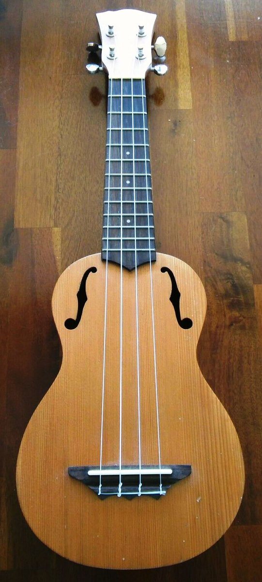 east coast stagg ƒ hole soprano ukulele