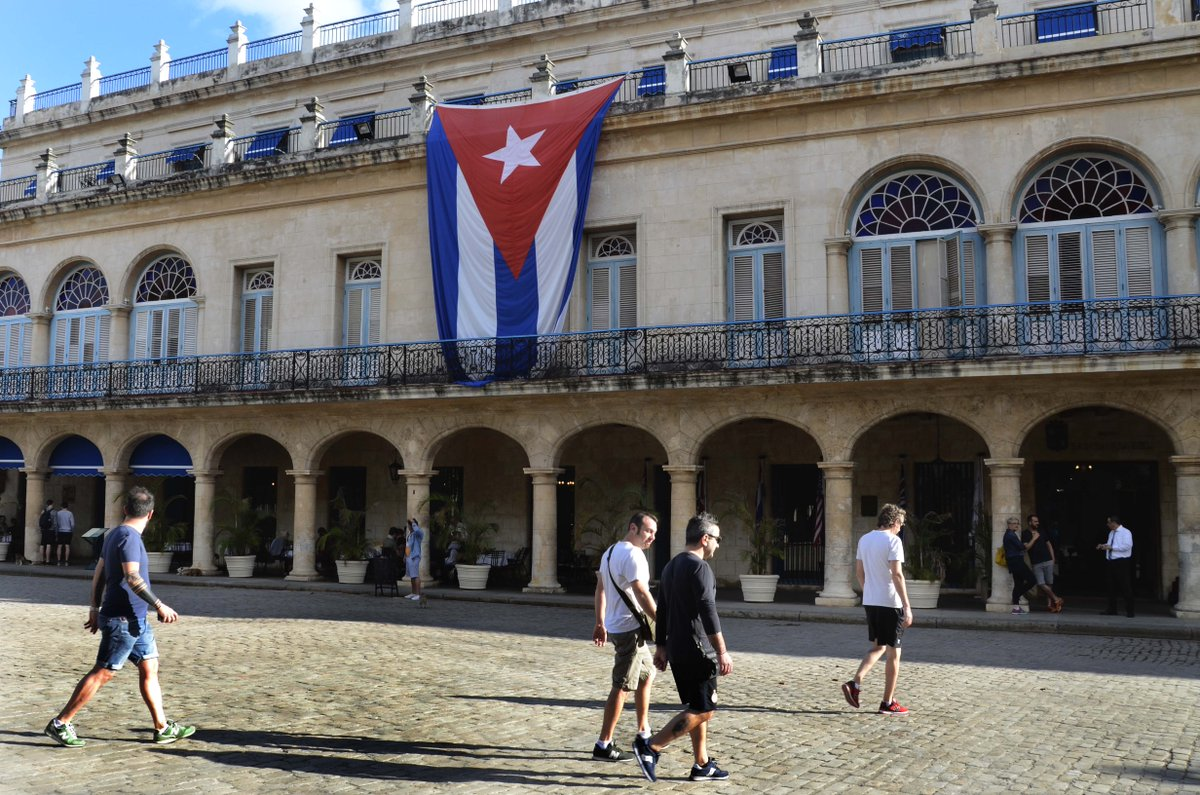 U.S. trade embargo costs Cuban tourism industry 38 bln USD http://xhne.ws/JnQGE
