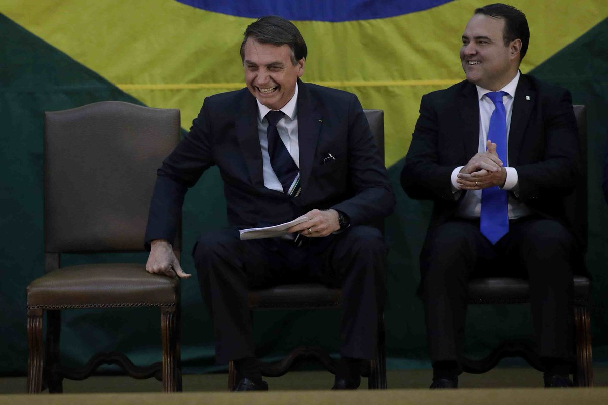 Brazilian president Bolsonaro is considering to appoint his son as ambassador to U.S. http://xhne.ws/hxSGW