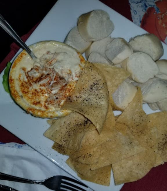 Behind every great Dip is a bunch of delicious ingredients! Crab Dip: Loaded with crab and served fondue style with assorted crackers and bread . . . #LocalEats #Seafood #BayCity #Delicious #PAEats #Pennsylvania #HanoverEats #foodie