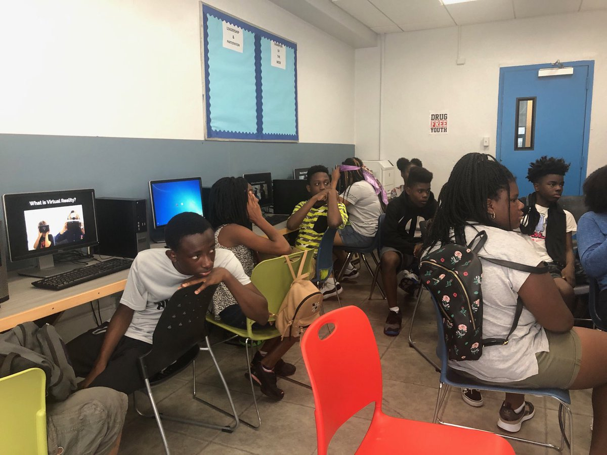 Our @RPCoalition students are learning VR & coding in Brooklyn!! #coding #design @butchwing #RPCSTEM #Tech